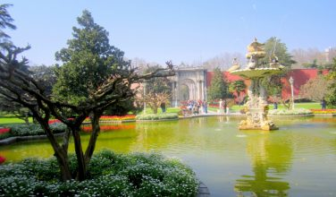 Dolmabahce Palace & Two Continents Tour